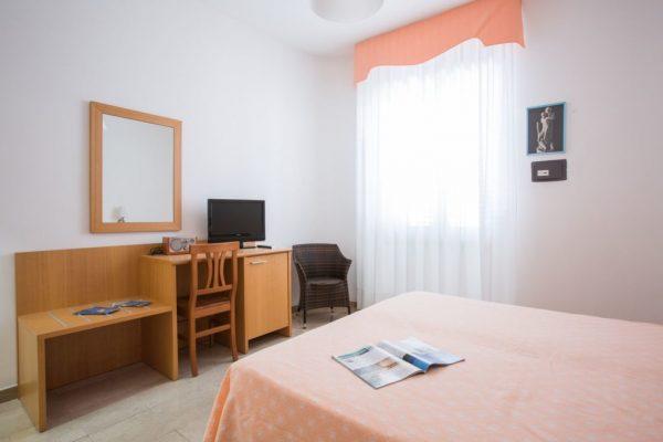 Hotel Mediterraneo enkelrum